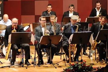 BA: Jazz v divadle Aréna - CZ/SK Big Band Matúša Jakabčica !!!