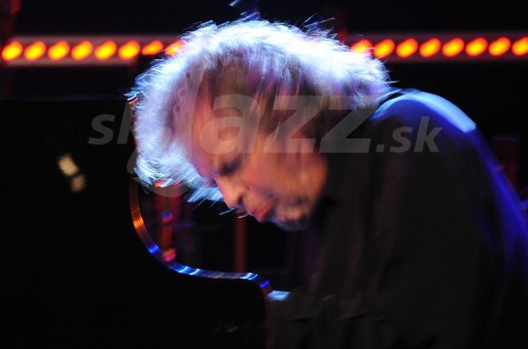 Klavirista Joachim Kühn !!!