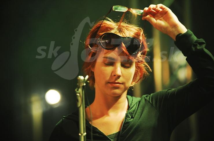 Flautistka Sisa Michalidesová !!!