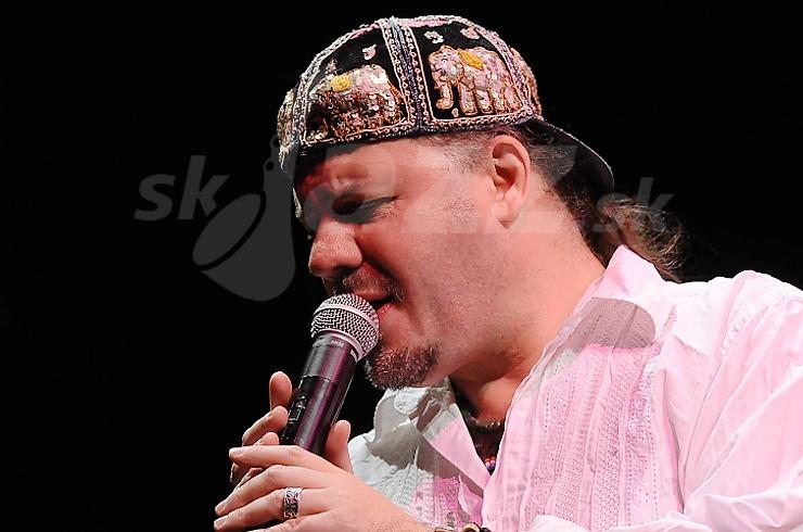 Spevák Gabor Winand !!!