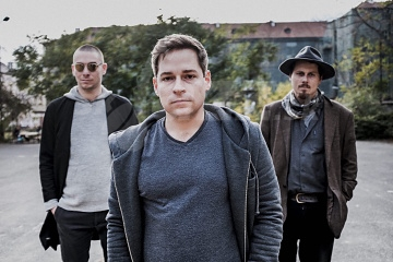 Oskar Török, Jiří Slavík a Vít Křišťan vydávají u Animal Music triové...