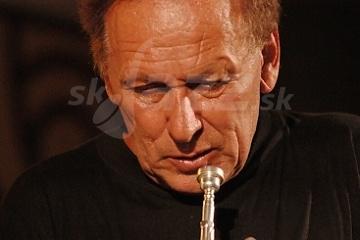 Správny jazzman by mal zabiť aspoň jedného speváka denne !!!